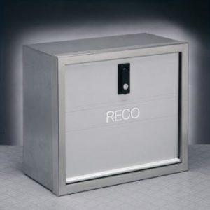 70041005 Cassa porta attrezzi Cornice inox satinata Sportello in alluminio anodizzato Corpo in lamiera pre-zincata e verniciata metallizzata DIM.40X30-0