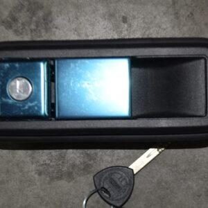 maniglia anteriore lancia delta 82378401